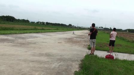 领航歼十首次吊机测试