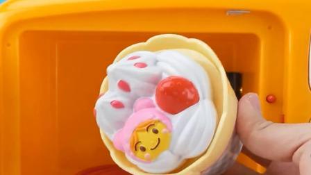 面包超人美食推车做汉堡冰淇淋玩具故事.mp4