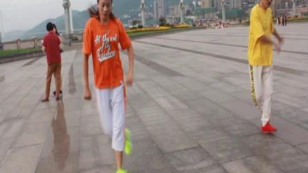 涪陵两江广场曳步舞练习