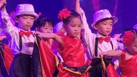 黄妍幼儿园毕业典礼
