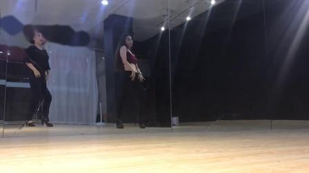 Dz珍宝er在YY发布了一个小视频,没想到还能这样拍!