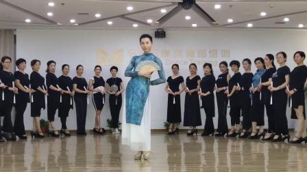 马凌云模特舞蹈培训——旗袍艺术模特折扇