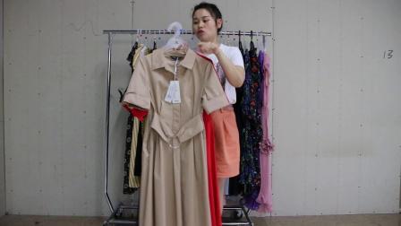 2019年最新精品女装批发服装批发时尚服饰时尚女士新款夏装汉货品牌连衣裙30件一份,视频款可挑款零售混批.mp4