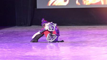 133号选手;李 琪       独舞《花木兰》