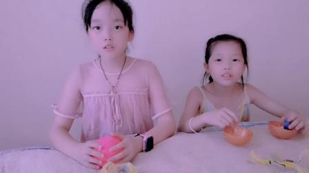 小叶玩具屋:拆箱LOL惊喜娃娃