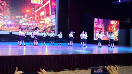 育新国际学前班毕业典礼-儿童舞蹈-护花使者