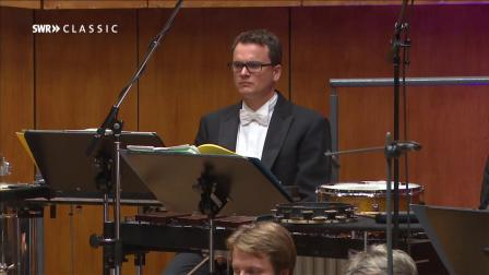 保羅•亨德密特 : 為管弦樂團所作的卡爾•馬利亞•弗里德里希•恩斯特•馮•韋伯主題交響變奏曲