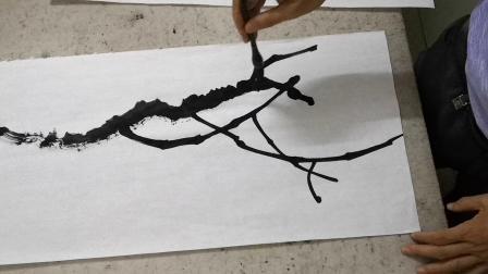 国画树枝长短疏密的画法示范