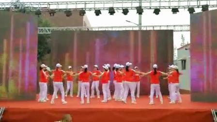 泡泡果舞蹈队  迈进新时代