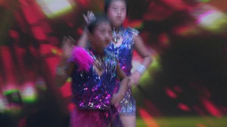 小荷花吉林省动感女孩飞扬舞蹈学校