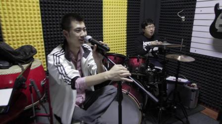吾人文化-《那首歌》-乐队排练室