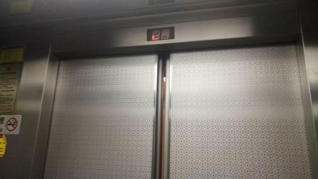 南洋大厦低区电梯_001