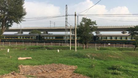 京包线 K2014次通过白塔站