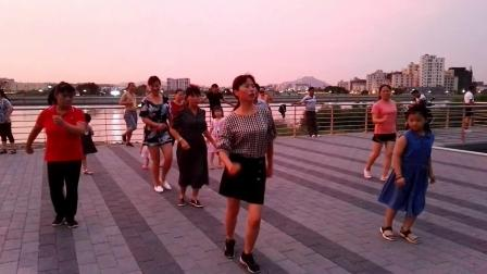 沙井茅洲河畔广场舞《爱你就是真心喜欢你》2019/7/27