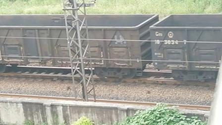 HXD1C0236-货列通过新余市劳动路立交桥