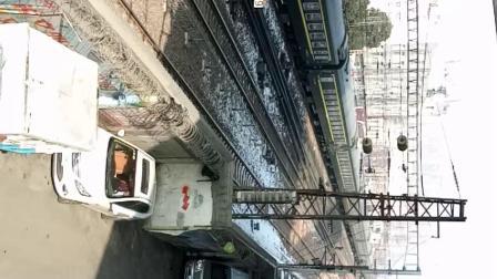 西局西段 SS7D 牵引客车进郑州站