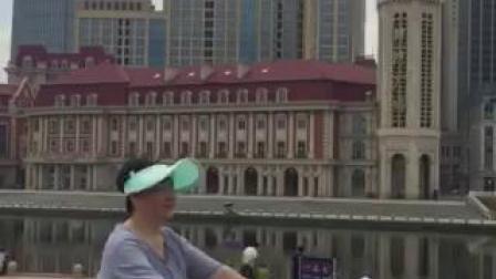 在天津站广场看海河对岸