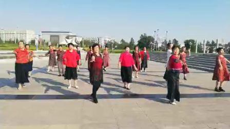 苏尼特右旗赛北城社区广场舞红枣树
