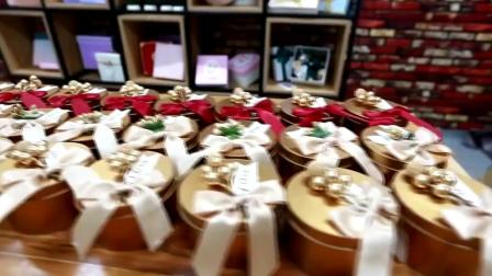 结婚礼喜糖盒子马口铁盒个性糖果盒包装盒圆形金色伴手礼品  网红