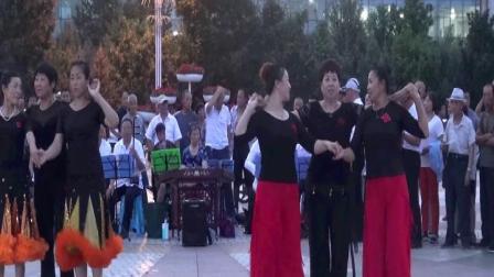 建三江广场文艺演出 甘凤琴舞蹈《相逢是首歌》