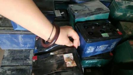 电动车电瓶维修技术——鼓包的电池 更多加公众 浅谈电瓶修复之道
