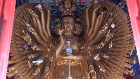 逛庙—大悲咒歌曲(新华拍摄)