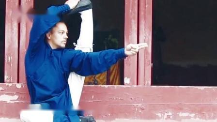 为学好真正的内家太极拳,洋弟子刻苦训练,不愧三丰祖师徒孙