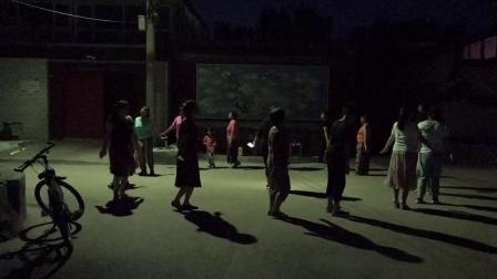 通州苍上村夕阳红健身一角