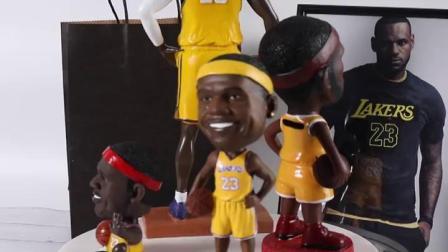 7夕礼物科比詹姆斯玩偶模型送男生的生日礼物个性创意篮球模型