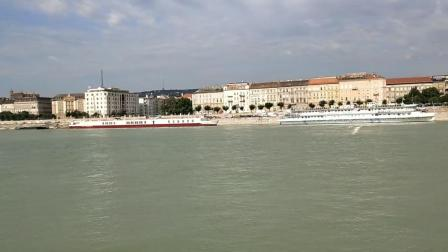多瑙河观光船游览匈牙利布达佩斯