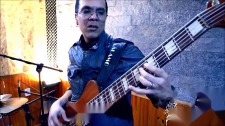 Bass Solo D-Code com Dendê