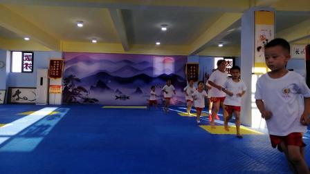 武术训练热身运动 跑步