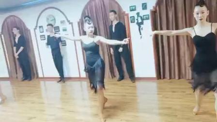 河南悦红英艺考 河南拉丁舞艺考 郑州悦红英学校 河南舞蹈艺考 体育舞蹈艺考