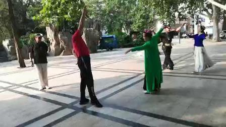 郑州素有和张丽璐老师的舞2019820~摄像:玉龙雪山