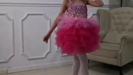 君晓天云六一儿童新款演出服蓬蓬裙纱裙女童连身可爱蛋糕裙幼儿园舞蹈服