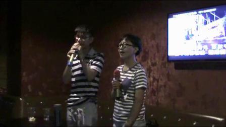 上海有缘相聚群唱歌活动片段视频;