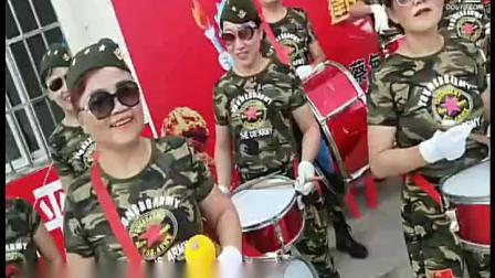 2锣鼓喧天-侏儒山社区-武汉妇女之家服务大比拼