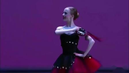 芭蕾舞《艾丝美拉达变奏》莫斯科国际芭蕾舞比赛金奖 2017- Elisabeth Beye
