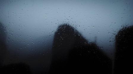 宁静深邃创意摄影《凌晨的城市》