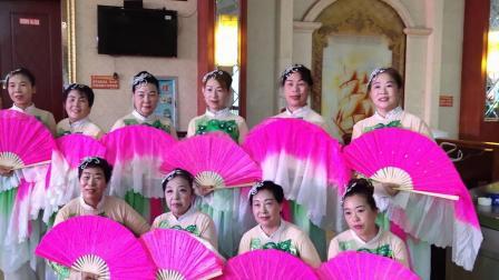 (参加夕阳红旅行社金秋旅游推介会在客家印象演出)舞蹈珊瑚颂