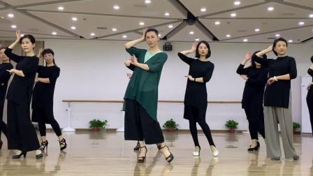 马凌云模特舞蹈培训——旗袍艺术模特课堂教学