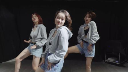 【武汉1ST舞蹈工作室】小莉成人爵士Jazz暑期班韩舞课堂视频CLC -《Like It》