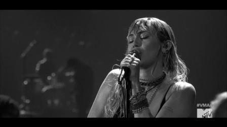 【猴姆独家】太强了!麦莉#Miey Cyrus#最新VMA献唱强势新单Slide Away