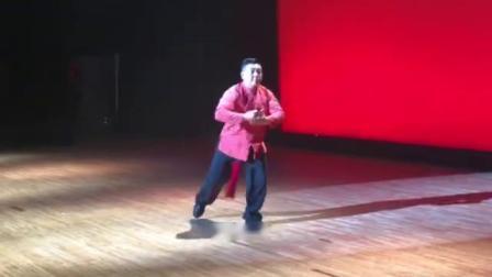 傅清泉老师演练杨氏51式太极剑