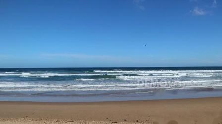 f131 唯美大气辽阔海洋海水白色浪花拍打沙滩壮美大自然实拍视频素材