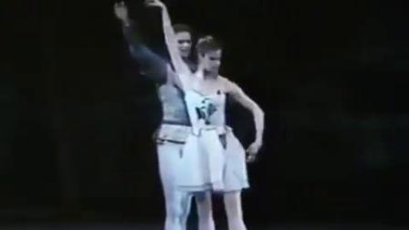 1986 巴兰钦版仲夏夜之梦 片段 Merrill Ashley, Adam Lüders