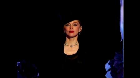 布兰妮、麦当娜、克里斯汀娜三个天后同台演出Like a Virgin & Hollywood