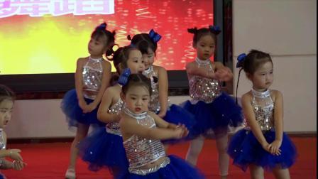 7、舞蹈:《新健康歌》