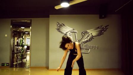 唯舞道思艺导师最新现代舞蹈视频《Gone 》简单易学女子群舞独舞