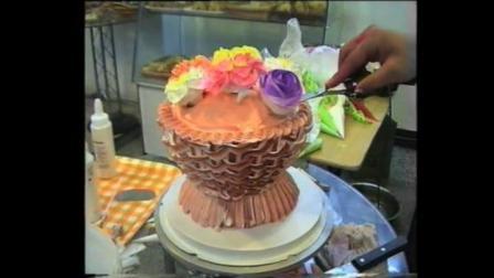 生日蛋糕裱花视频